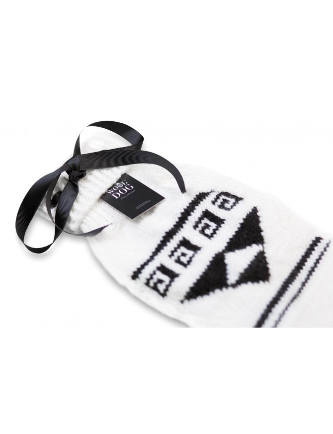Black & White Classy